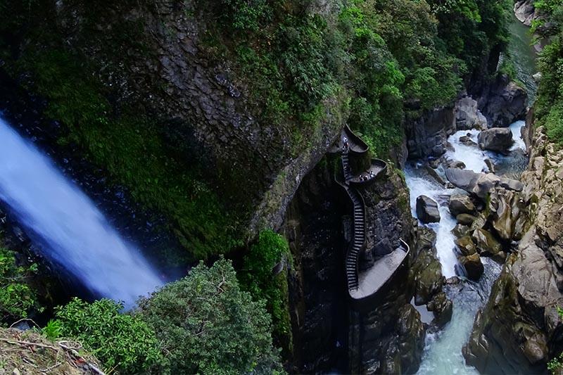Baños Ecuador.jpg