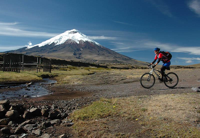 Cotopaxi Ecuador1.jpg