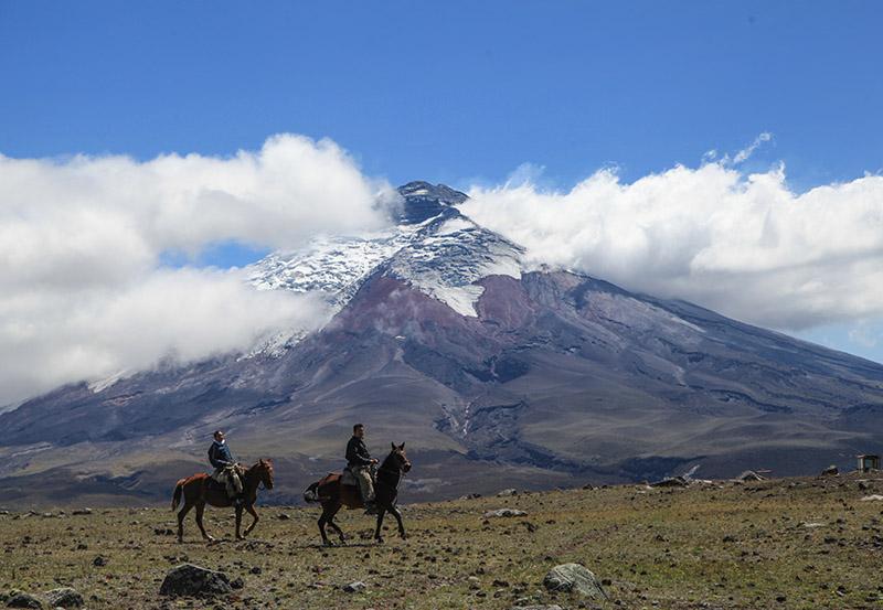 Cotopaxi Ecuador2.jpg