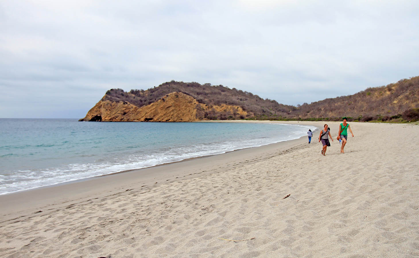Los Frailes Beach Park - Los Frailes is a surrounded beach park comprising of three individual beaches and a nature trail. The largest of the three individual beaches is Los Frailes. This is the region to come to if you intend to relax and explore.The trailhead you will find immediately to your right when you enter the main gate will take you through a colorful trail that'll run through all lookout points and beaches. The facility situated next to Los Frailes Beach Park features fresh water showers, bathrooms, and changing rooms.