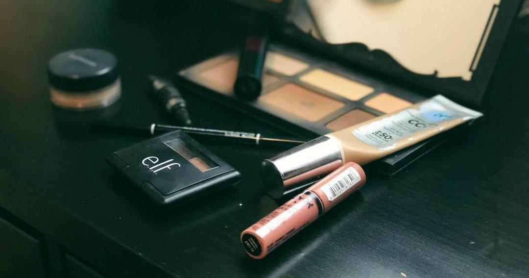 everyday-makeup-routine-1.jpg