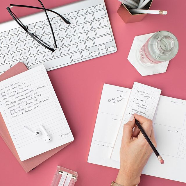 Are you a spreadsheet person or a notebook person??⁠⠀ .⁠⠀ Clients often ask me how to keep track of all the blog post ideas they have and I say - well, it depends on how you brain works!⁠⠀ .⁠⠀ I keep a series of spreadsheets and then use my Wordpress or Squarespace Drafts to highlight posts I will write in the next 30 days.⁠⠀ .⁠⠀ Other people I know keep HUNDREDS of draft posts in their dashboard (I don't really recommend this, but if it floats yer boat!)⁠⠀ .⁠⠀ Some bloggers keep complex spreadsheets that track all the things. ⁠⠀ .⁠⠀ I have yet to meet anyone who keeps a folder of scrap paper and restaurant napkins, but I bet they are out there! LOL ⁠⠀ .⁠⠀ Which camp do you fall into? ⁠⠀ .⁠⠀ .⁠⠀ #iambloggirl #growwhatyouown⁠⠀ .⁠⠀ #blogging #howtoblog #bloggingtips #bloggingforbeginners #organization #howtoorganize #filemanagement #ideageneration #idealist #digitalnomad #laptoplifestyle #lifestyleblogger #canadianblogger