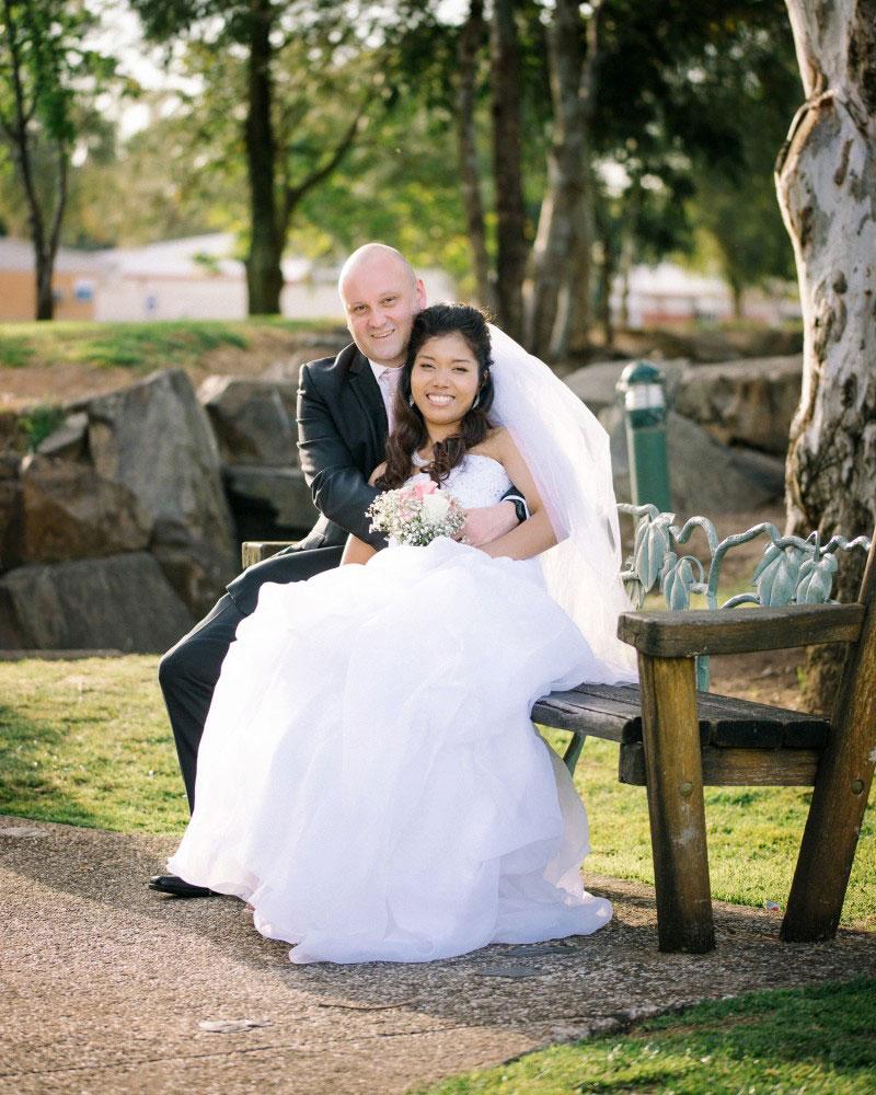 Jessica-Lemon-Photography-Adelaide-Wedding-Photographer-Bride-and-Groom-Civic-Park.jpg