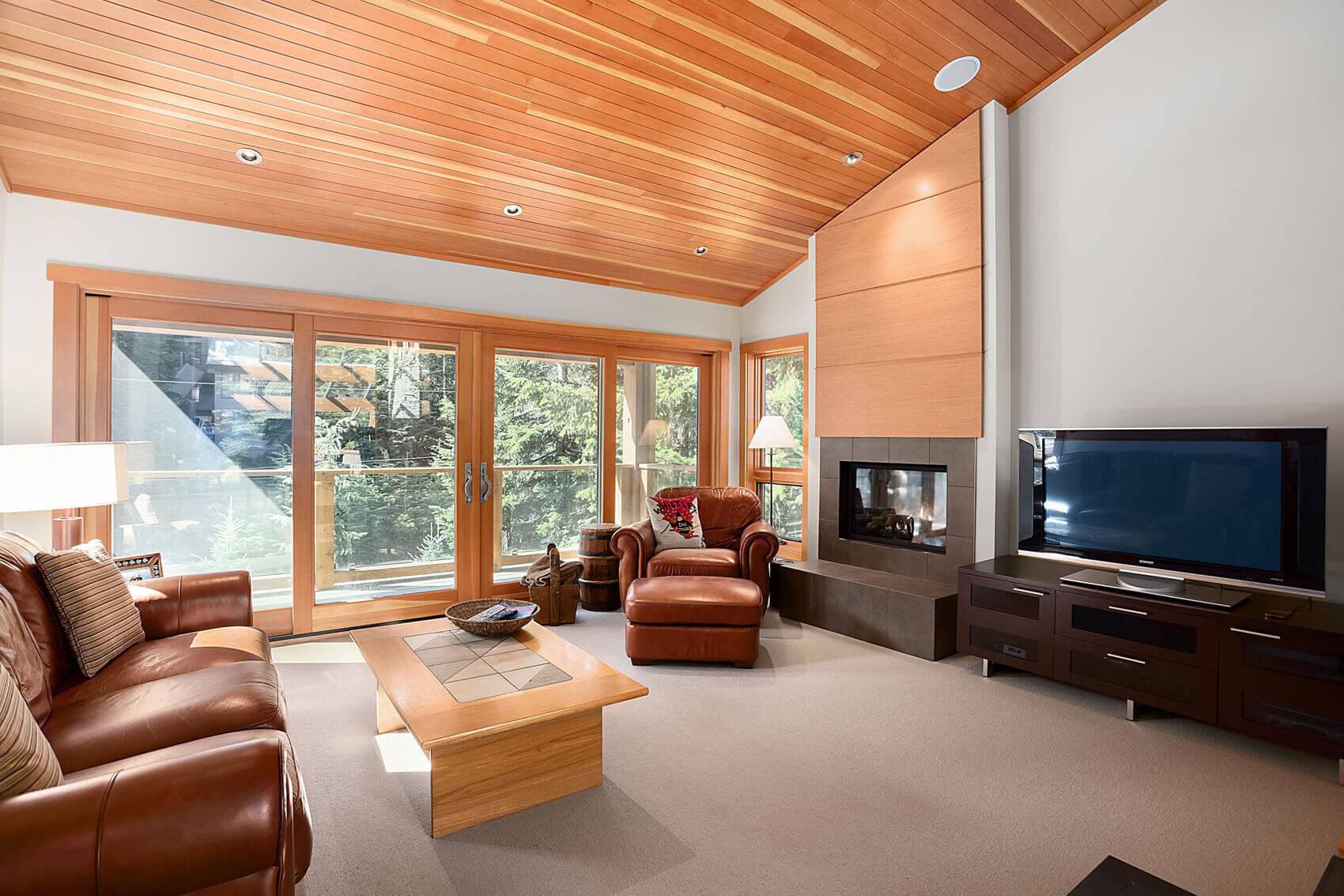 wsi-imageoptim-Whistler-livingroom-reno.jpg