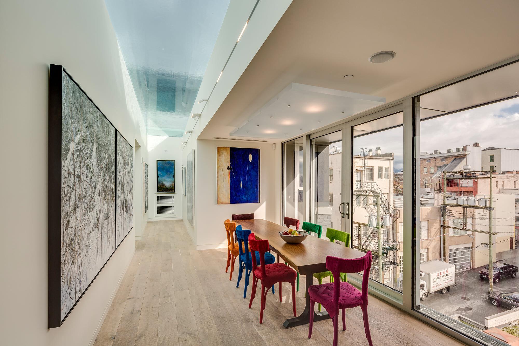 wsi-imageoptim-Dining-area-Modern-Vancouver-apartment.jpg