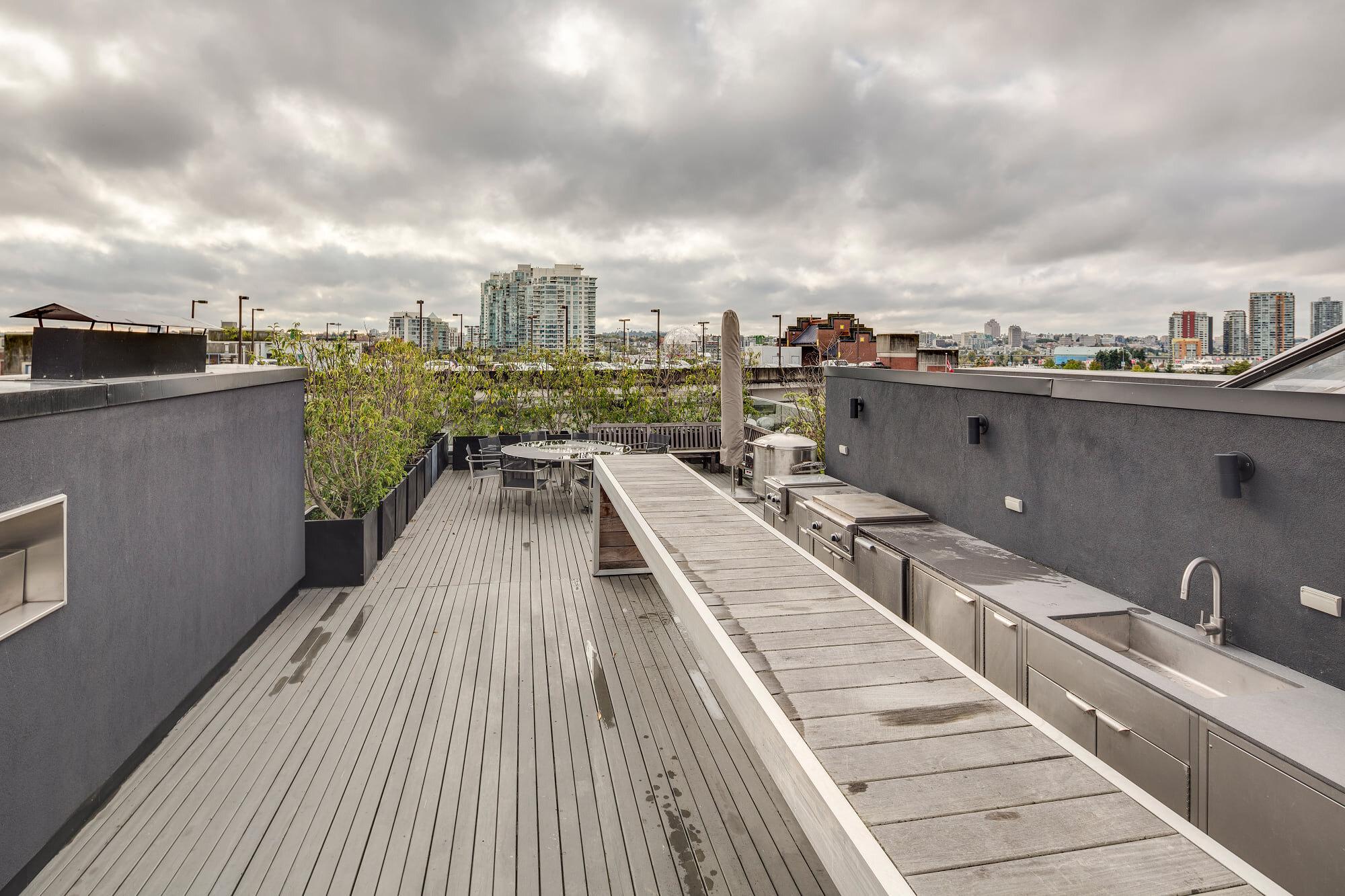 wsi-imageoptim-Roof-pool-deck-Vancouver.jpg