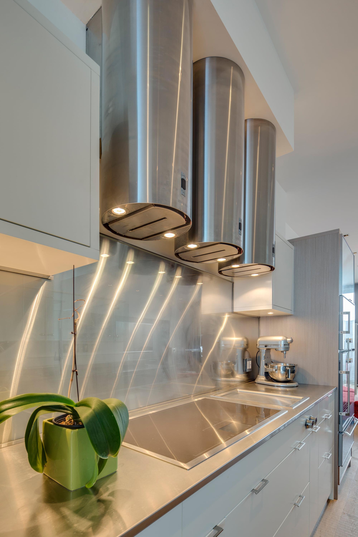 wsi-imageoptim-Steel-hood-vents-kitchen-reno.jpg