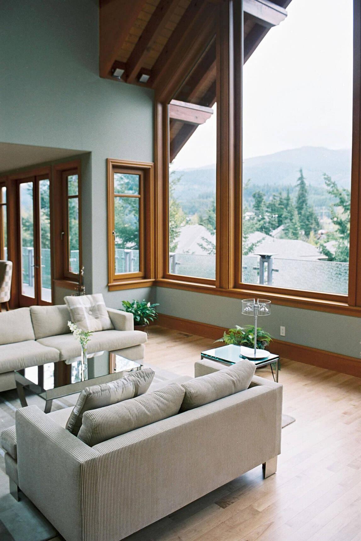wsi-imageoptim-Contemporary-livingroom-reno-Whistler.jpg