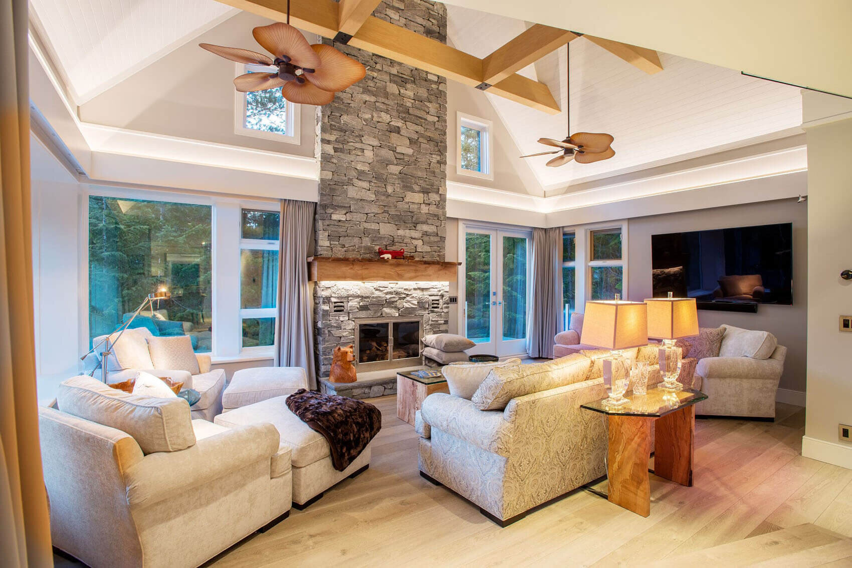 wsi-imageoptim-Beautiful-Classic-Livingroom-Whistler.jpg