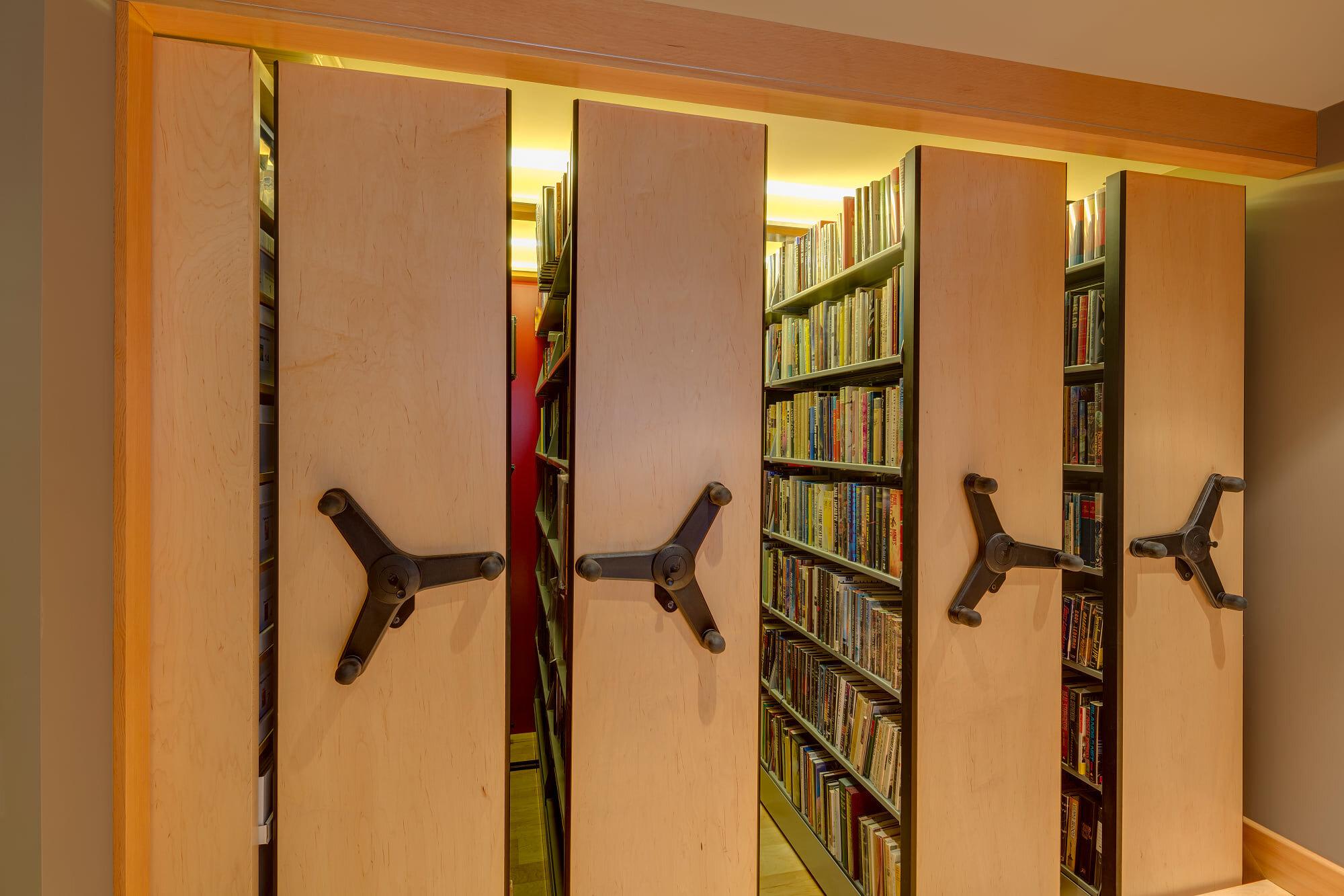 wsi-imageoptim-Rolling-shelf-home-library-Whistler.jpg