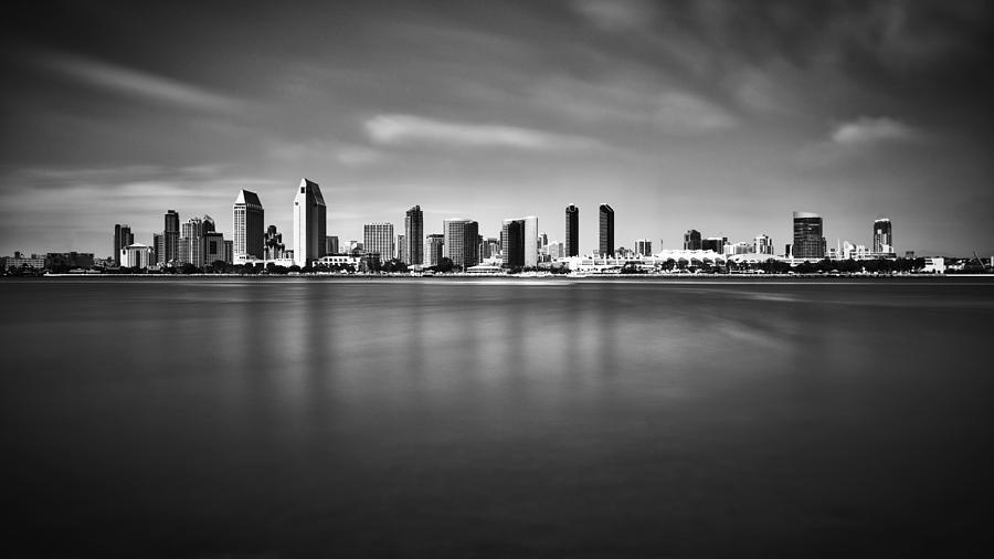 san-diego-skyline-black-and-white-photography-by-sai.jpg