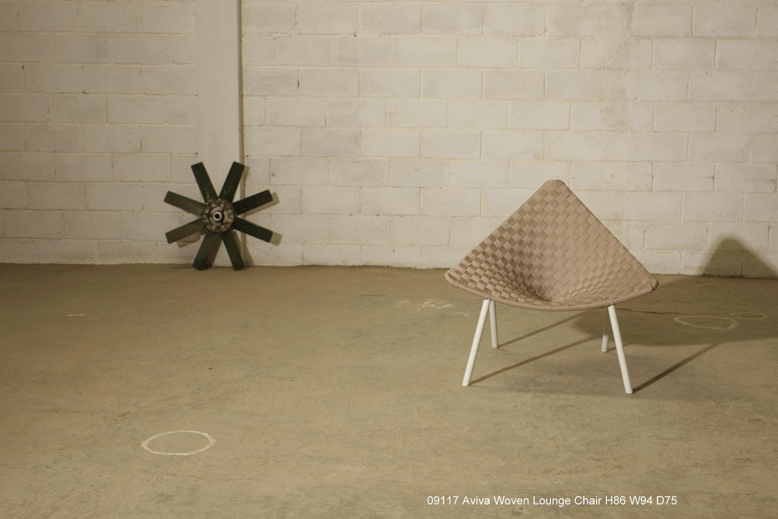 triangle chair_angle2.jpg