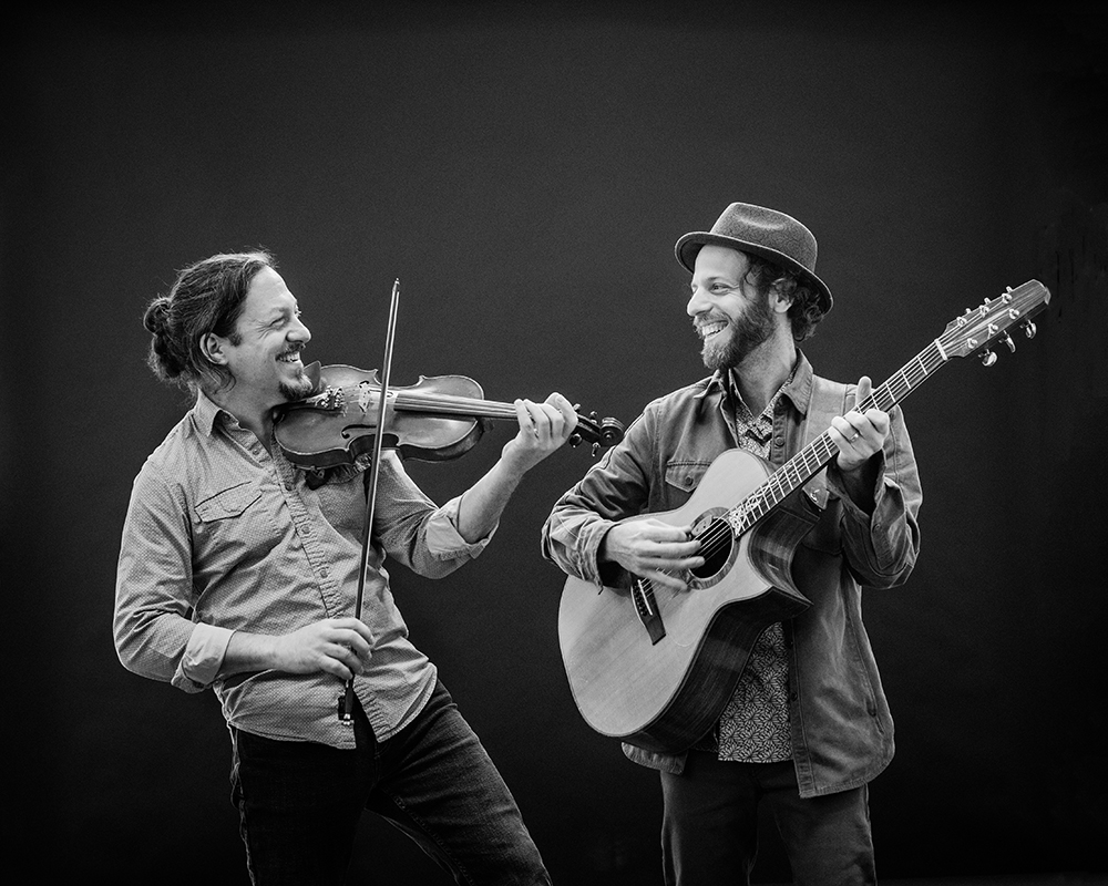 """- """"With their new album Mandorla and a series of international tours, Schryer and Dobres are bringing their stunning range of traditional music to all generations of fiddle fans.""""Alex Monaghan, The Living Tradition"""