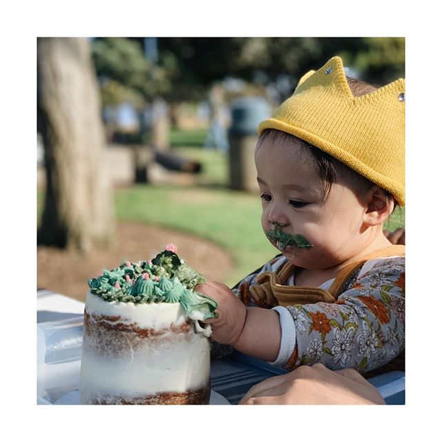 Happy 1st birthday, Beatrix 🖤 @alexandralambros, @arro.mega and I love you so much!