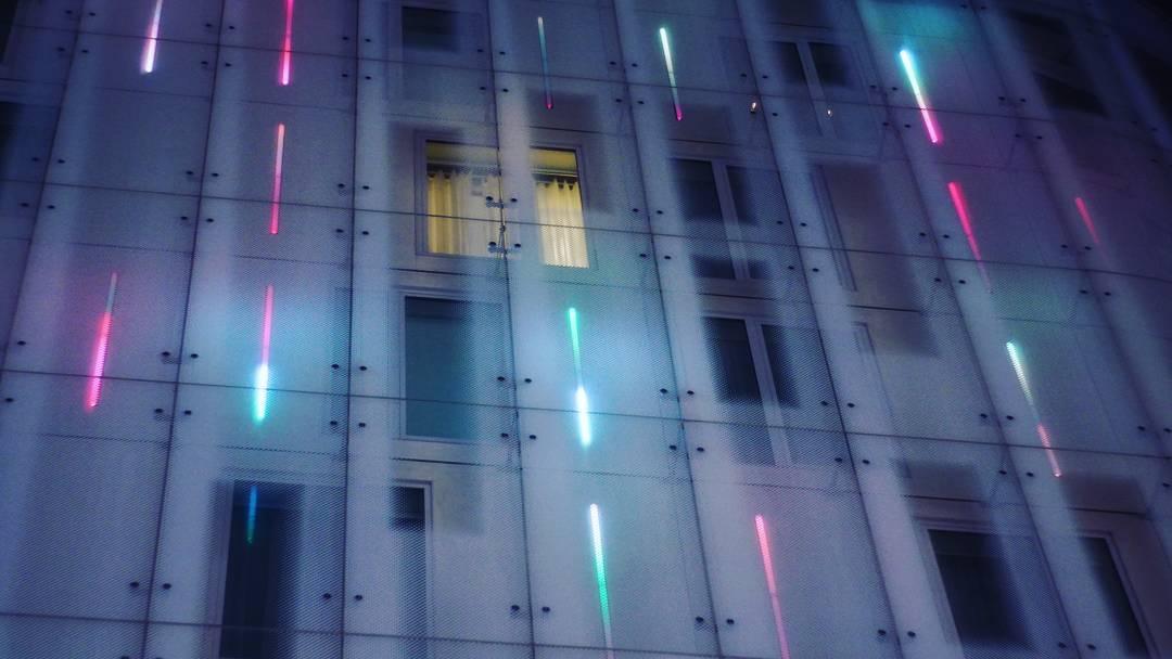 cyber hotel.jpg
