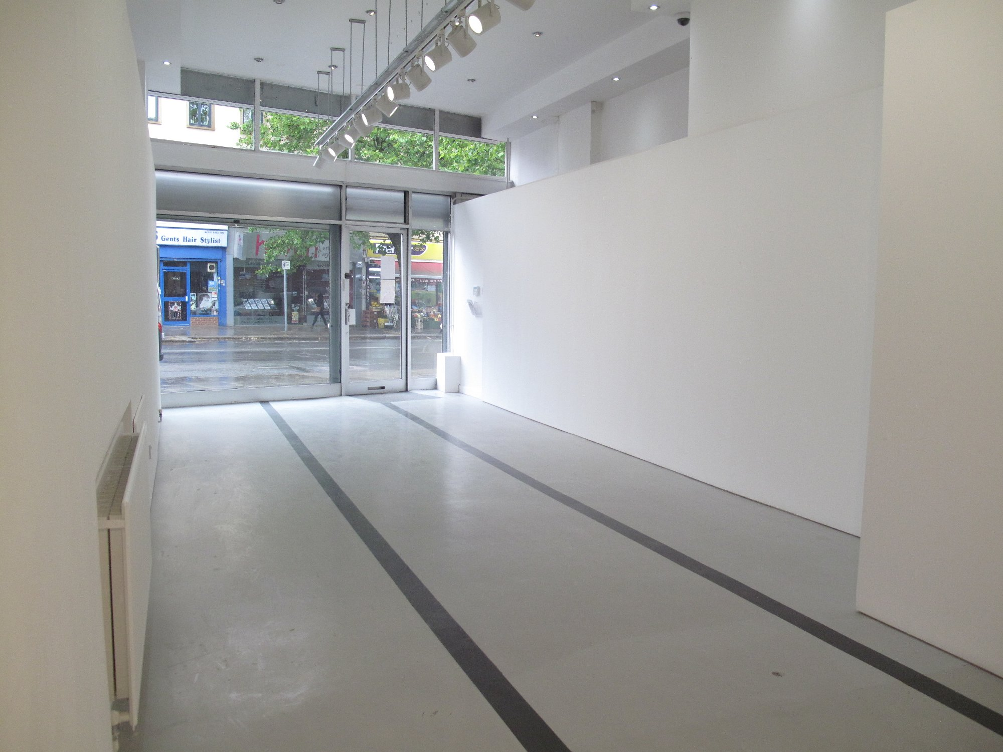01 - Offshoot Gallery - Front.JPG