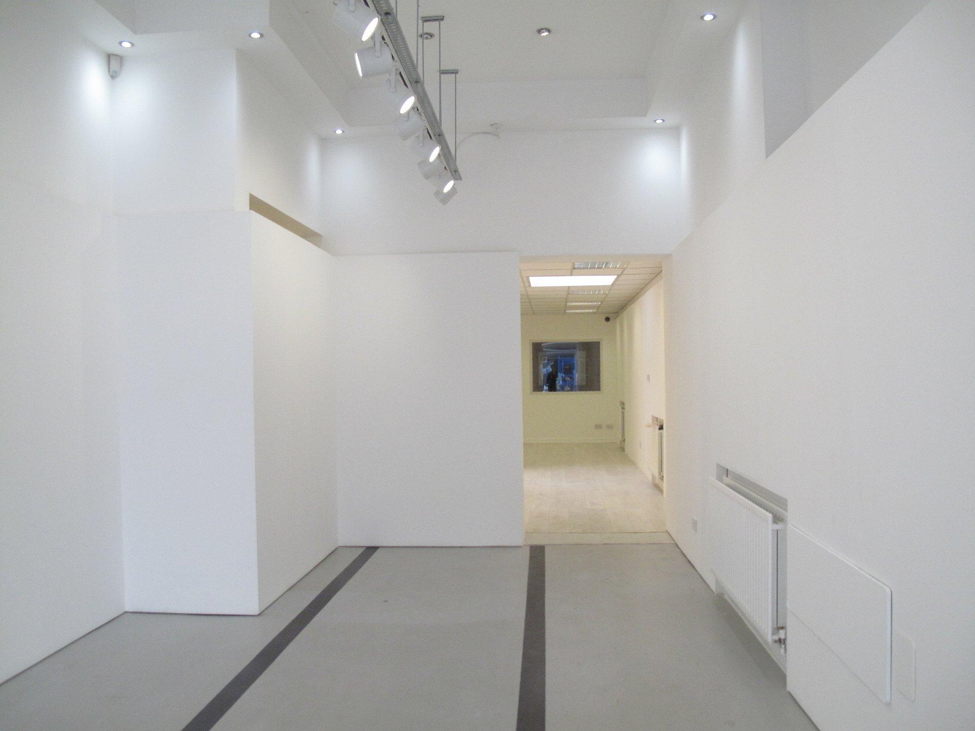 04 - Offshoot Gallery - Front.JPG