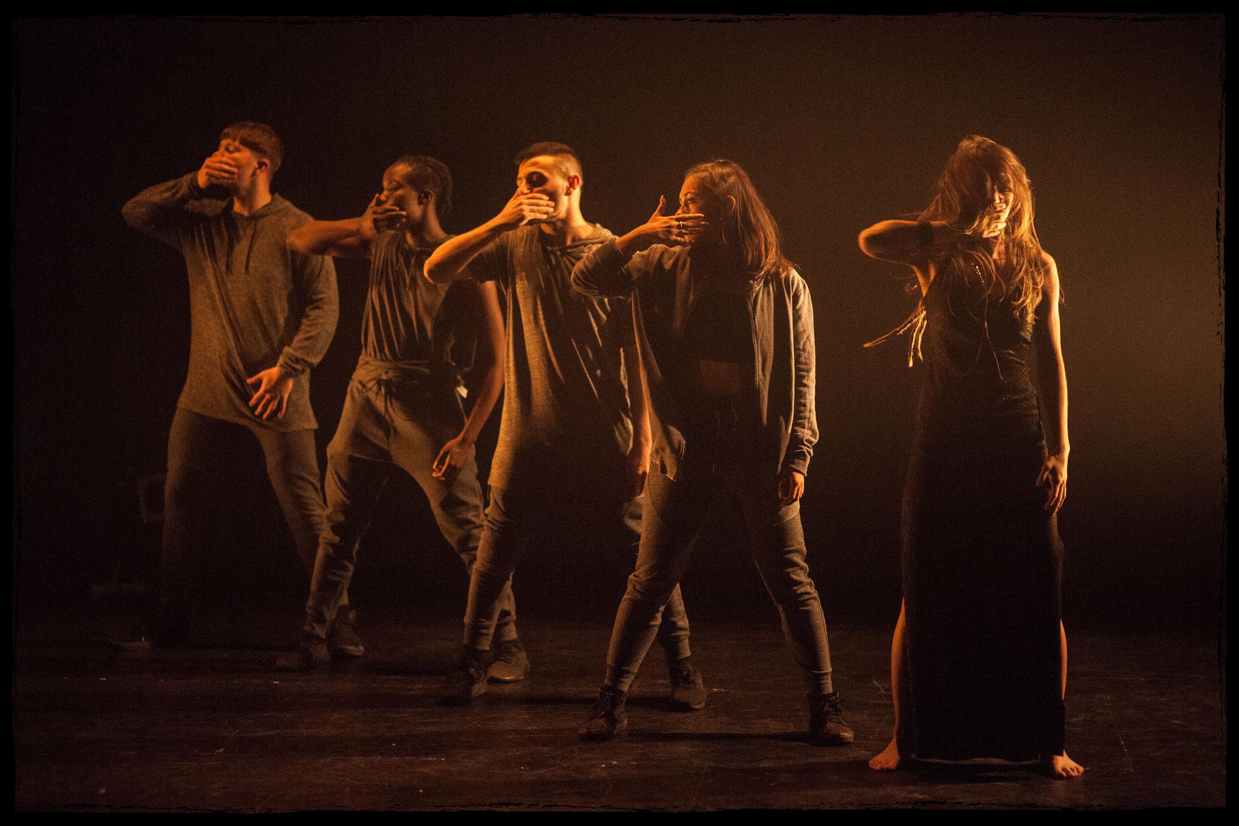 201 Dance Company - SKIN, 2018. Photo credit: Chris Nash.