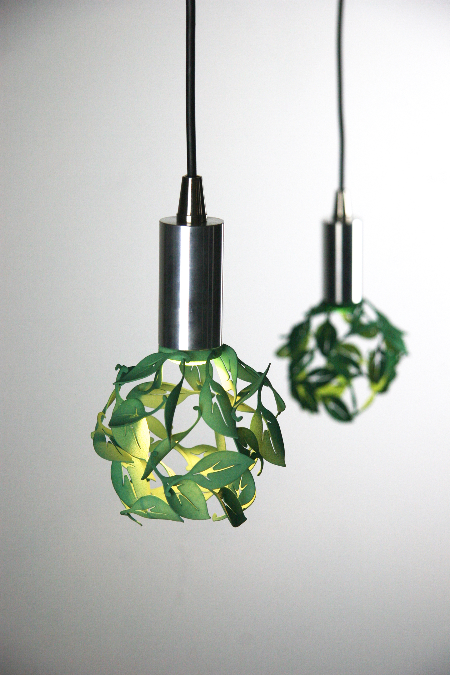 CP3d Blowing Leaves Pendant