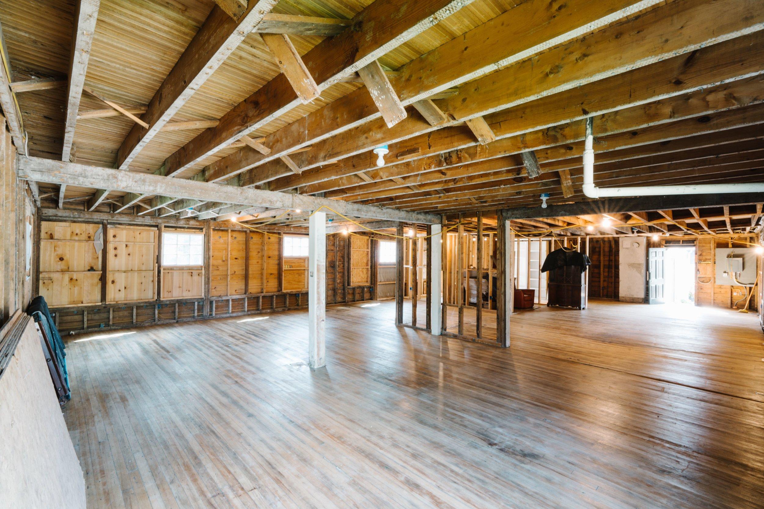 small Inside, 1st Floor 05.jpg