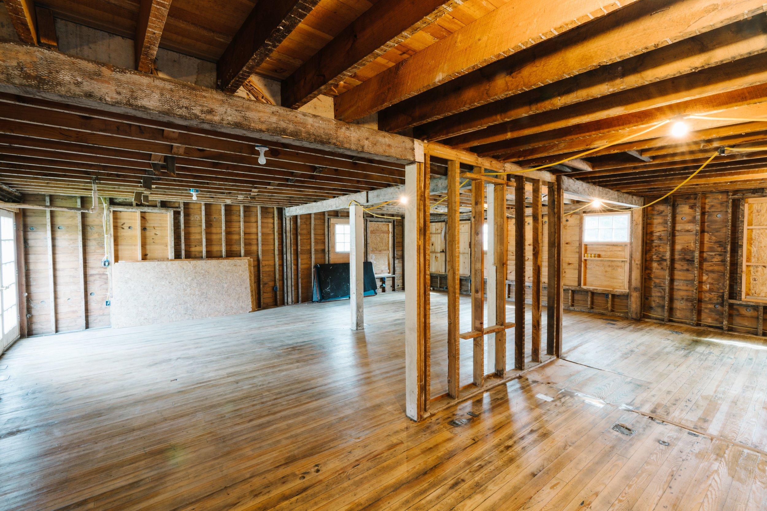 small Inside, 1st Floor 11.jpg