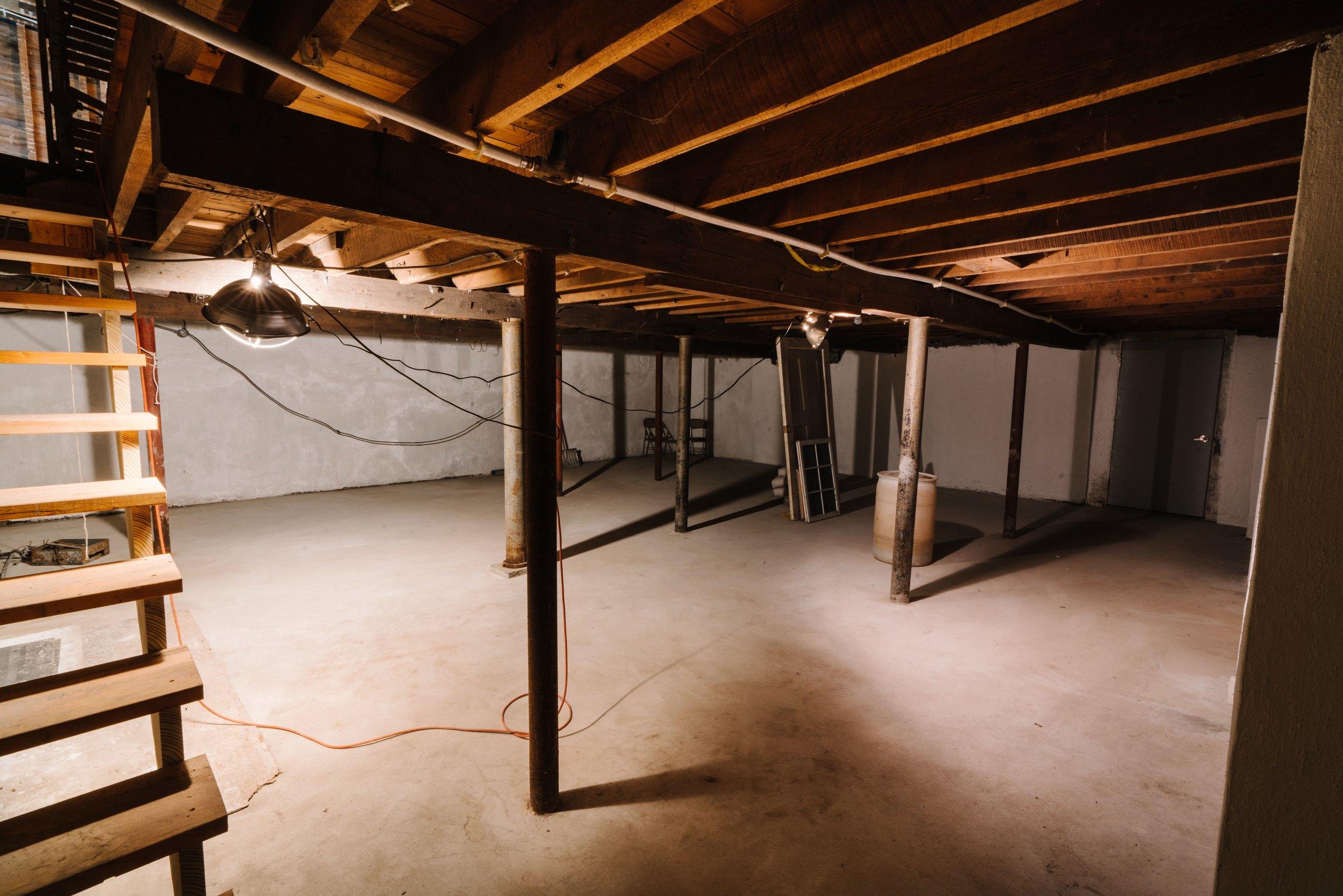 small Inside, Basement 02.jpg