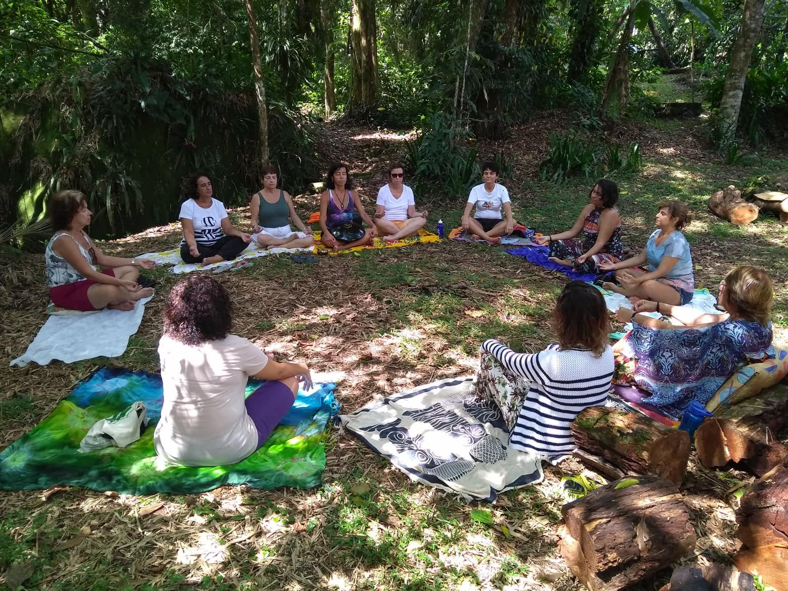 meditando natureza ecovila
