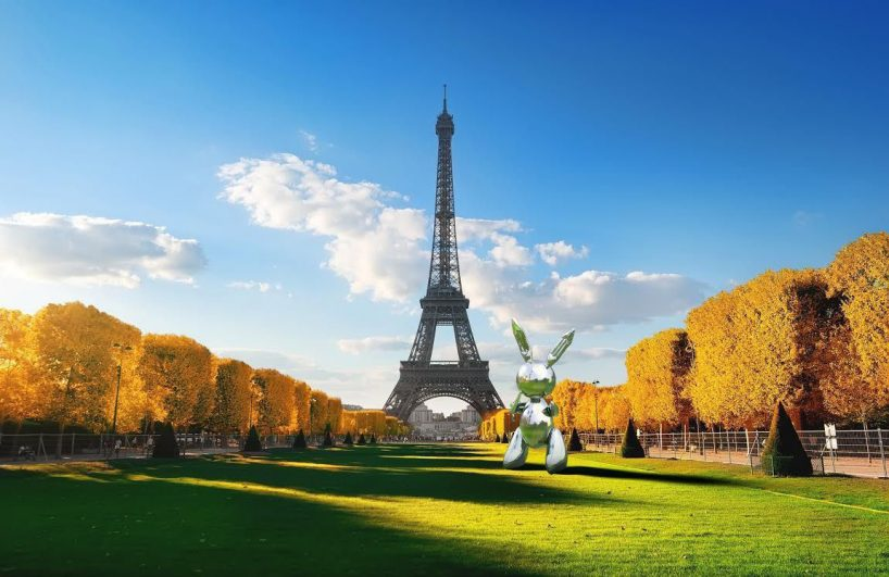 "Jeff Koons collaboration with Snapchat featuring an AR version of ""Rabbit"" in Paris, France."