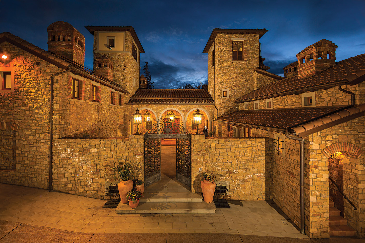 """""""Villa Montagna"""" listed with Bill Fandel for $12,750,000"""