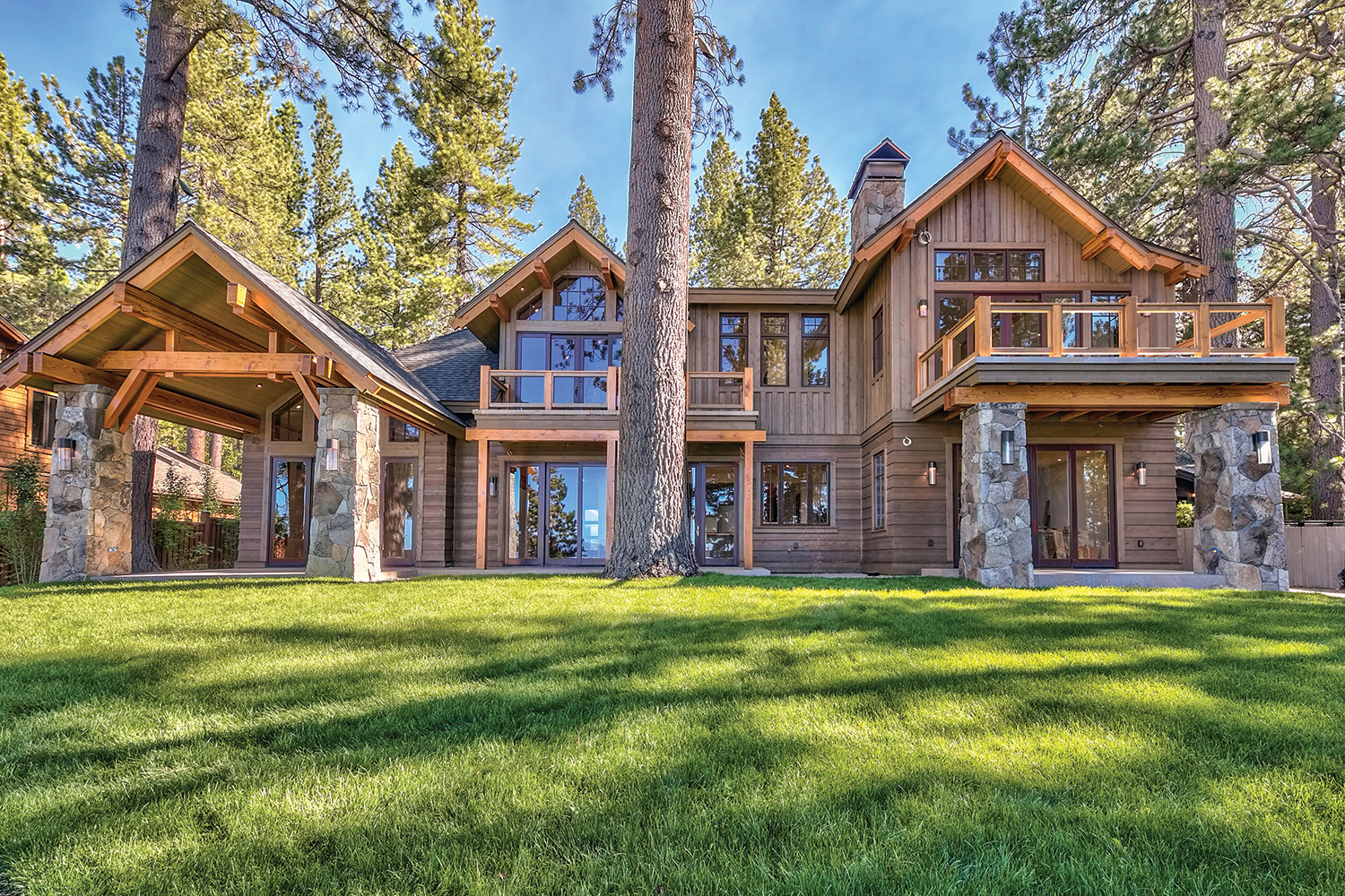 1170 Vivian Lane, new lakefront construction listed for $16,795,000