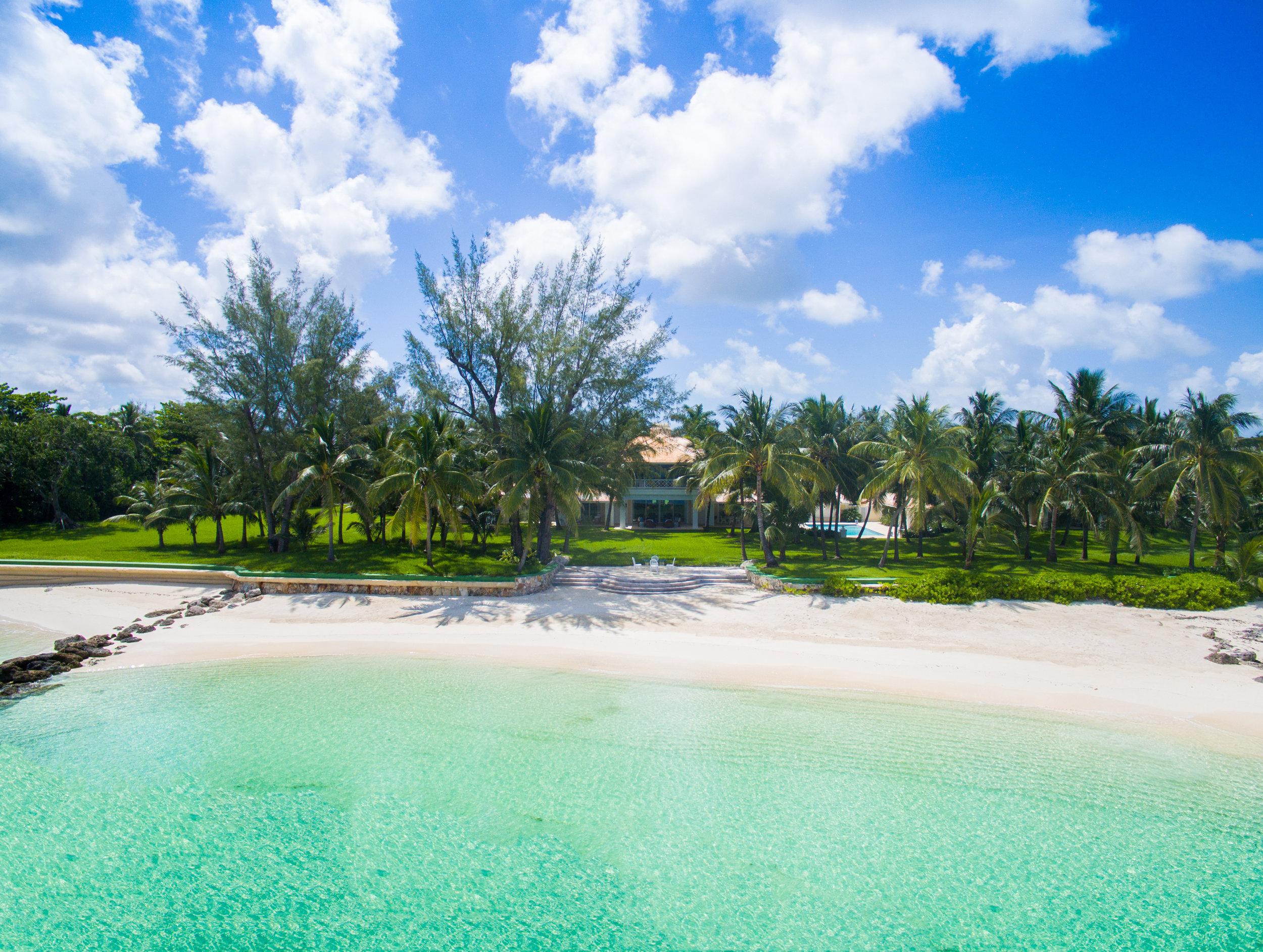 Lucaya | Lyford Cay, Bahamas