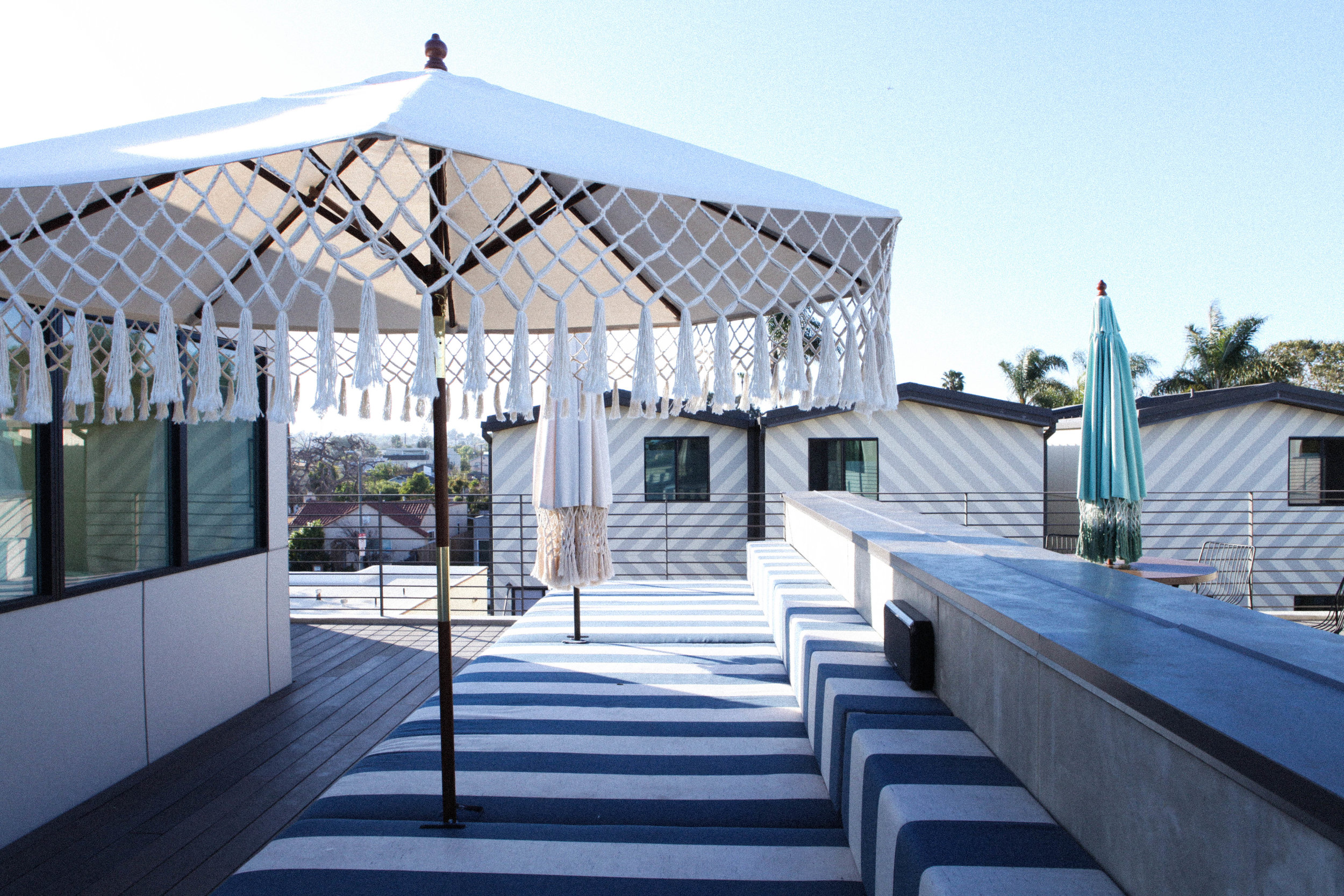 ROOFTOP LOUNGE -