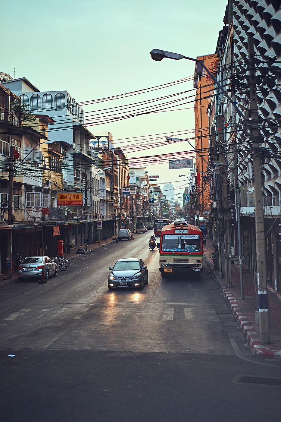 Bangkok_2017_RAW_02_klein.jpg