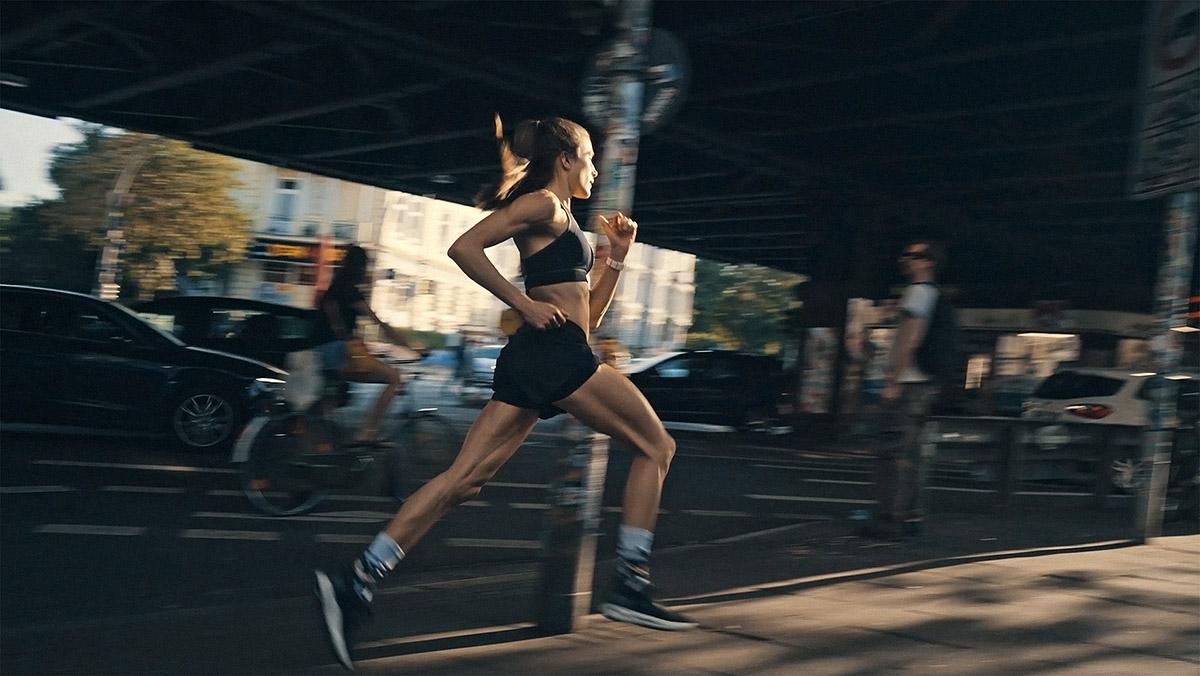 RUNNING FASTER  WITH IMKE sALANDER/UA DACH