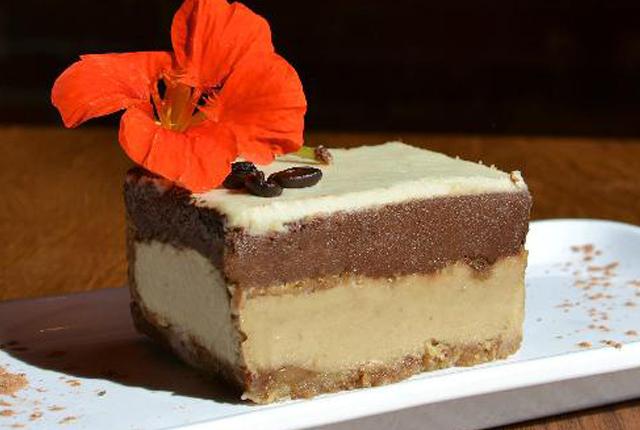 65316-live_food_bar_dessert.jpg