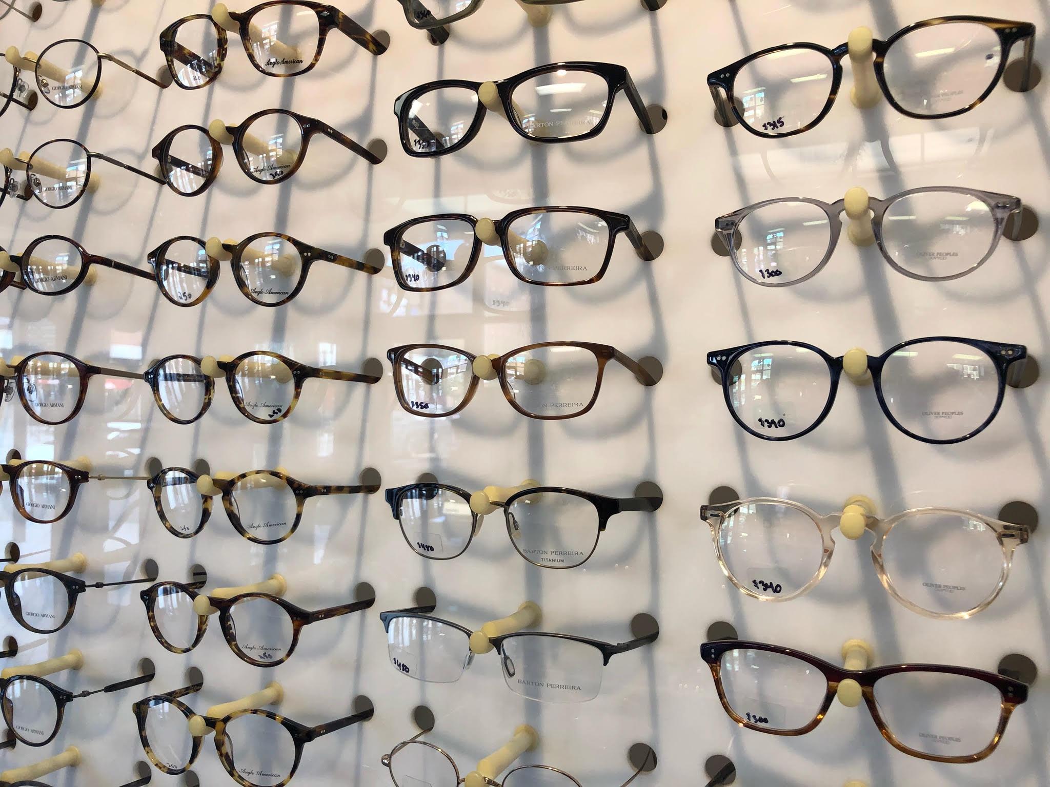 glasses_rack.jpg