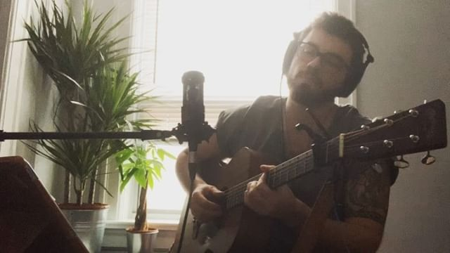 Allen Stone - Unaware//Frank Moyo Cover. I first discovered @allenstone a couple years back when I live streamed his performance at Coachella. This dude has an amazing voice, writes amazing music and seems like a fantastic human being. #frankmoyo #allenstone #unawareacoustic #acousticmusic #coversong #toronto #livemusic #singersongwriter