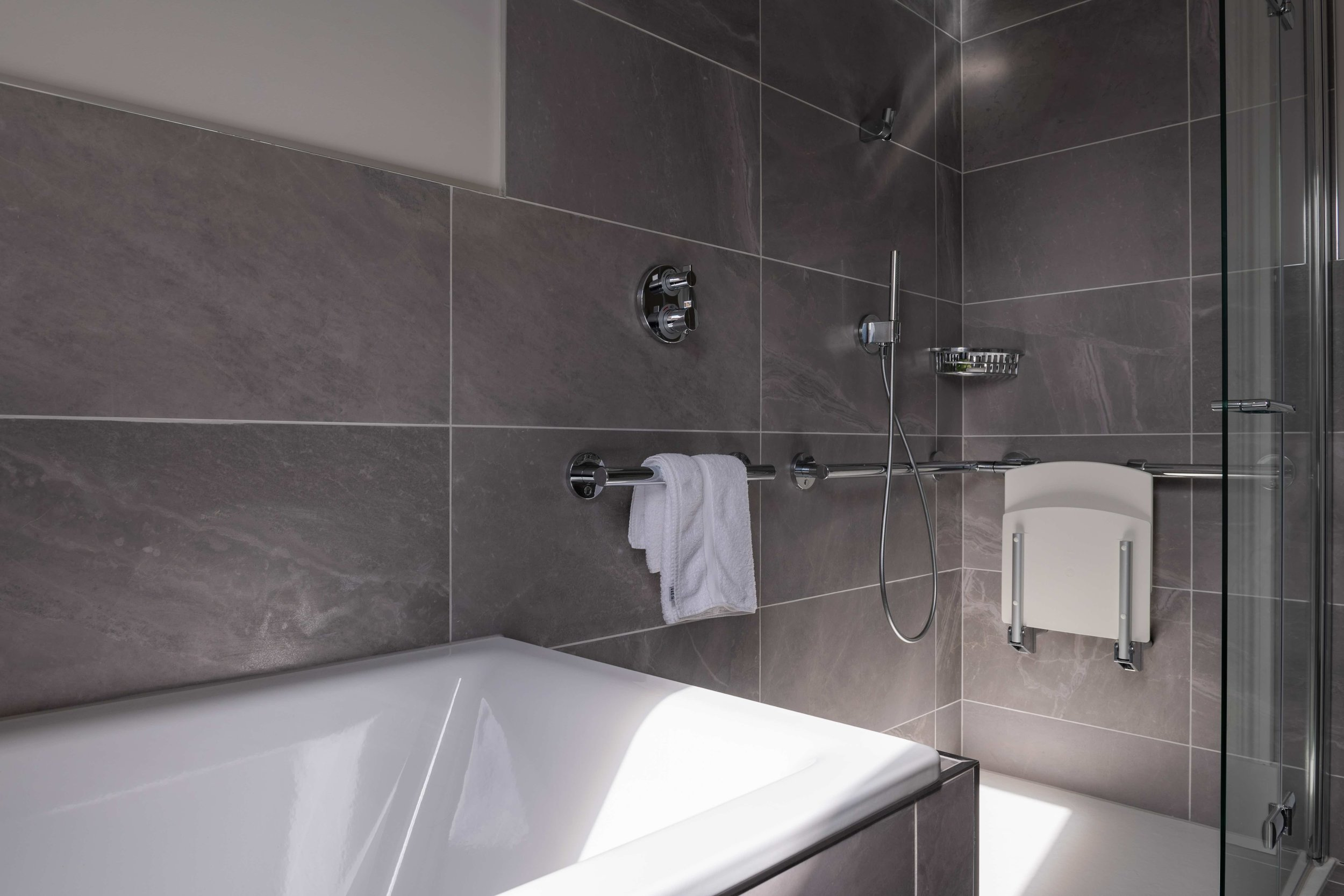 Room 9 Accessible bathroom