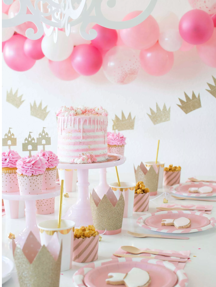 Pink & gold ballerina/princess inspired party from Twinkle Twinkle Little Party. Image: Twinkle Twinkle Little Party.
