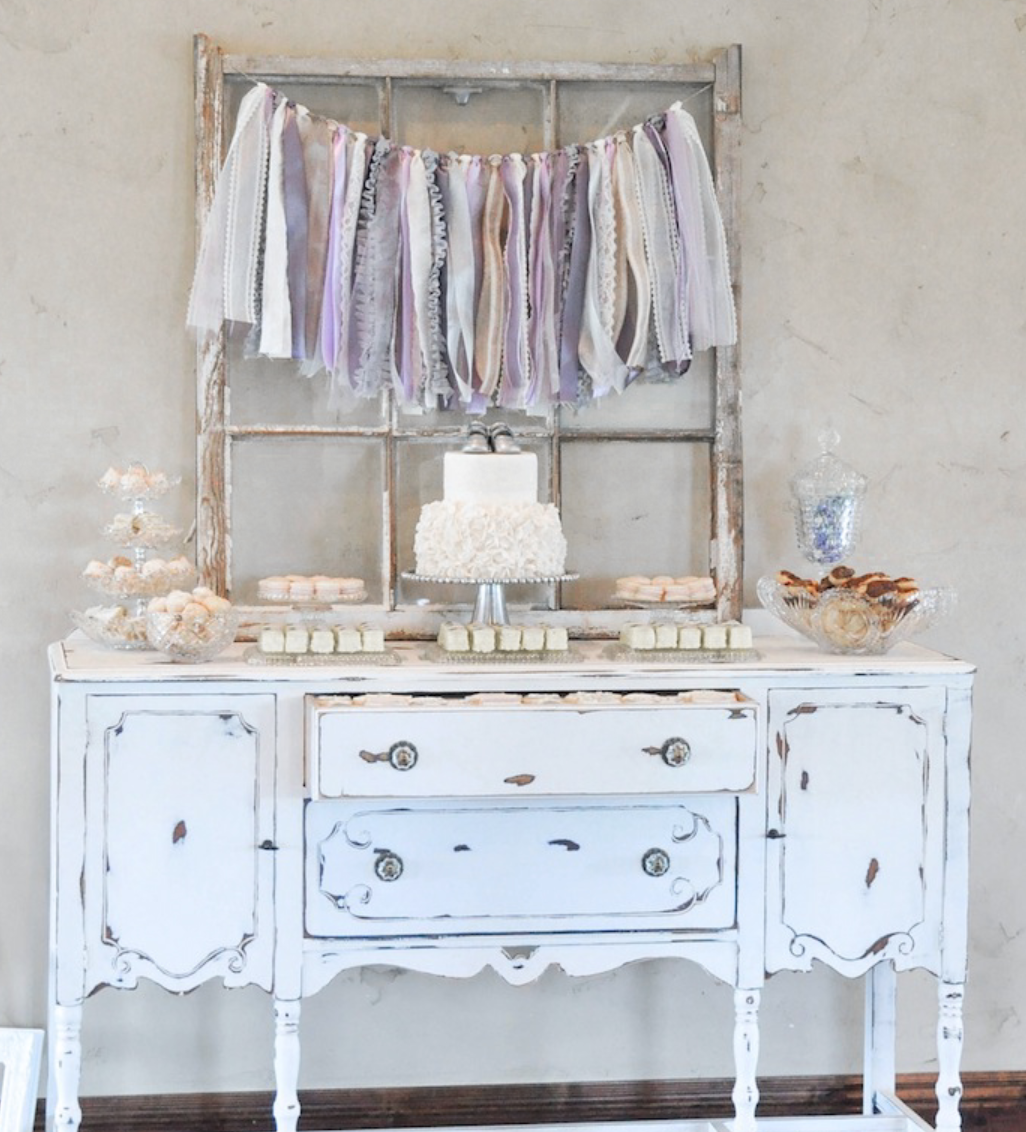 Vintage inspired lavender baby shower from Kara's Party Supplies is one example of Kara's party planning genius. Photo credit: Kara's Party Supplies