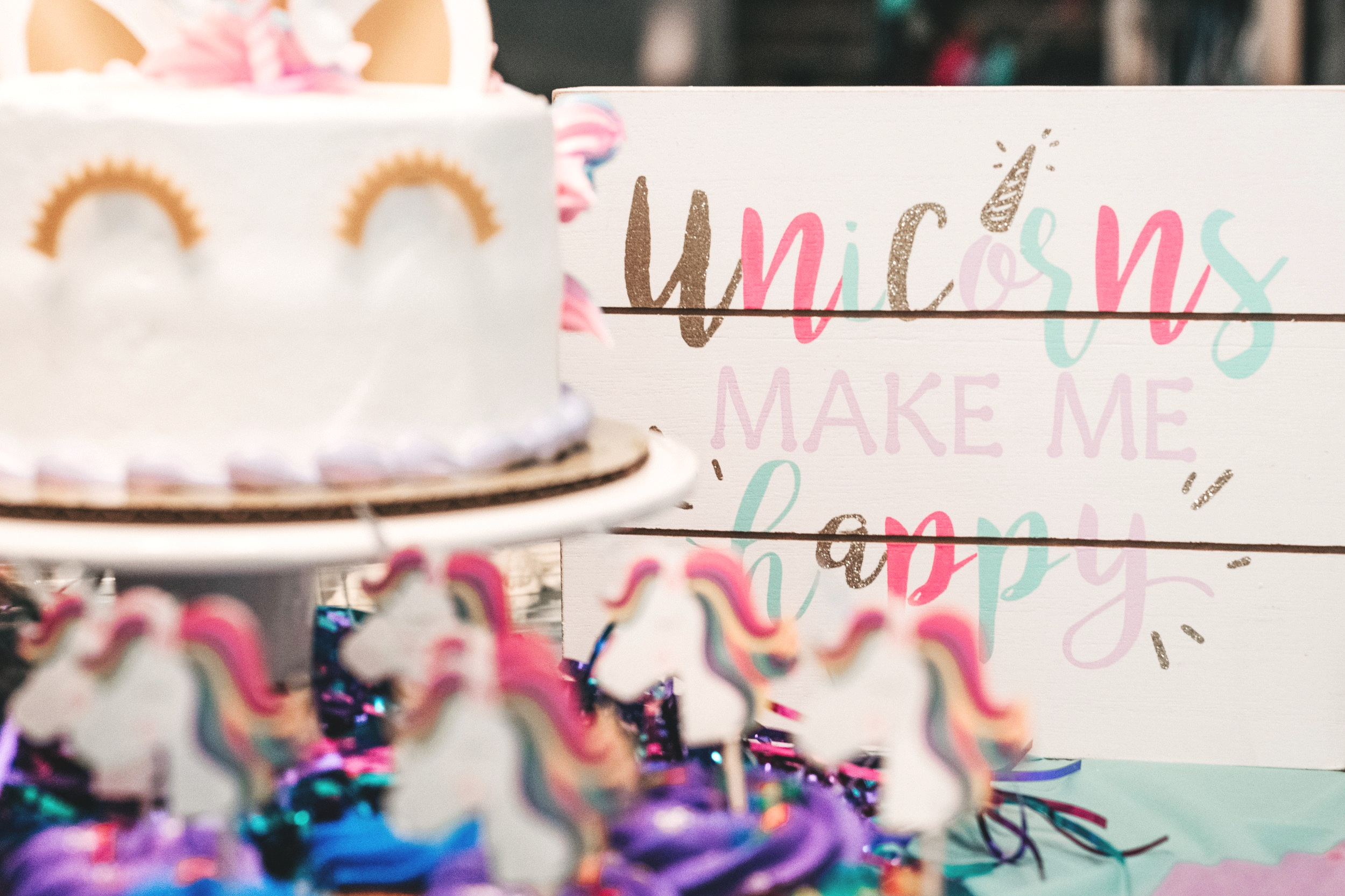Unicorn Birthday Party, Planning a Unicorn Birthday, Top Unicorn Party Ideas. LYFETYMES is the #1 Party Planning Site. Plan Birthdays, Baby Showers, Bridal Showers, Holiday Parties for free at www.lyfetymes.com #partyplanning #planaparty #kidsbirthdayideas #partyideas #unicornparty