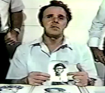DURRRRRRR! DURRRRRRRR! DURRRRRR! - What I hear whenever I see a picture of Henry Lee Lucas.