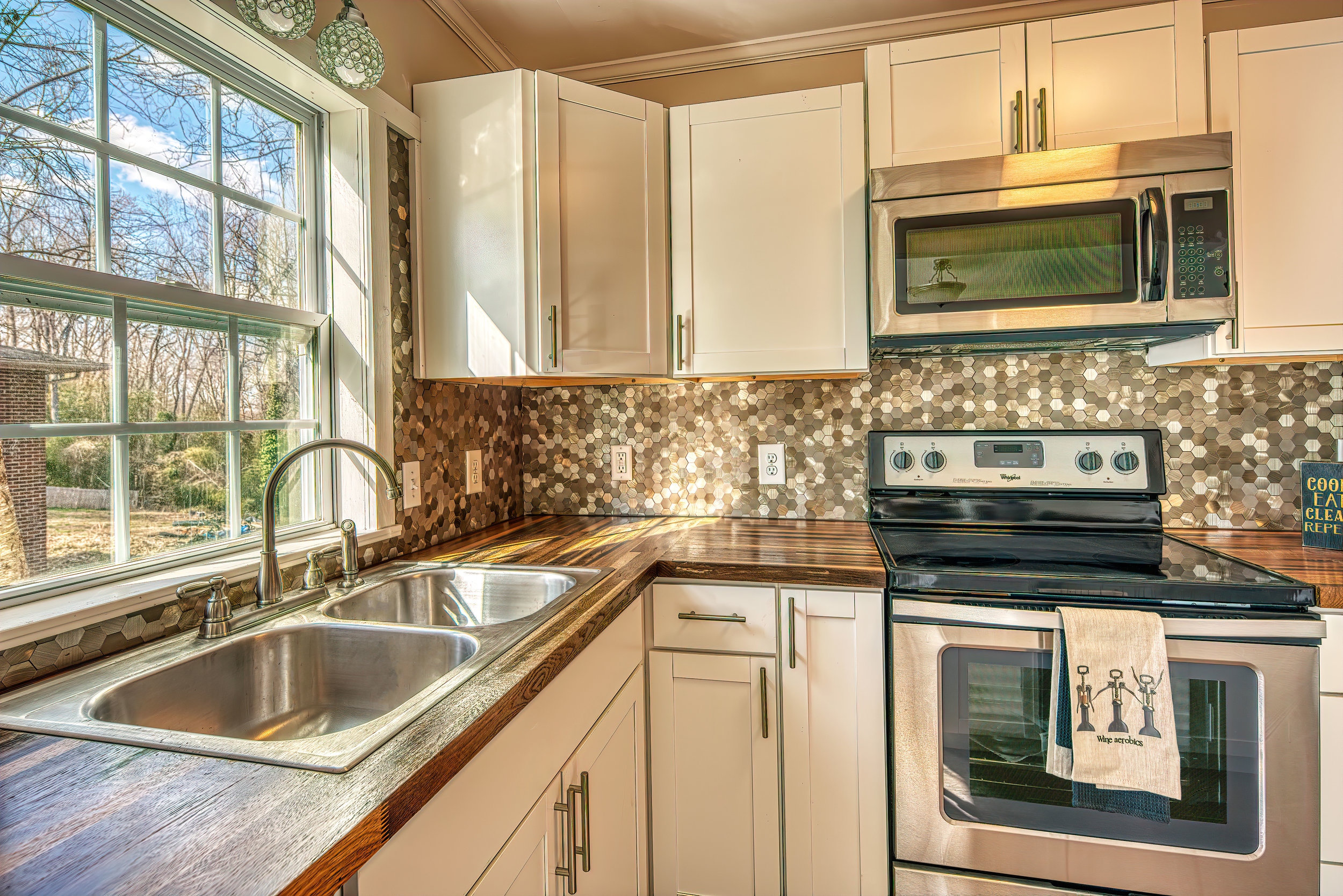 8 Kitchen Counters.jpg