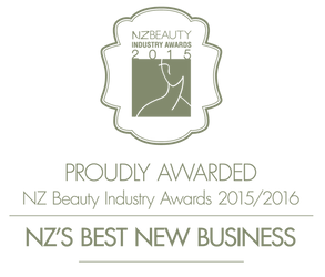 Beauty+award+logo+for+footer-01.png
