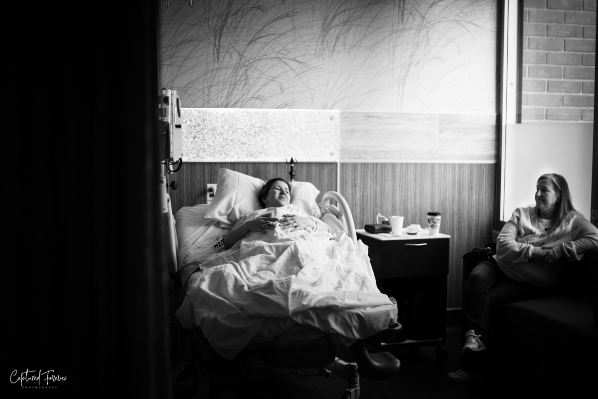 Captured-Forever-Photography_mission-viejo-birth-photographer (21 of 46).jpg