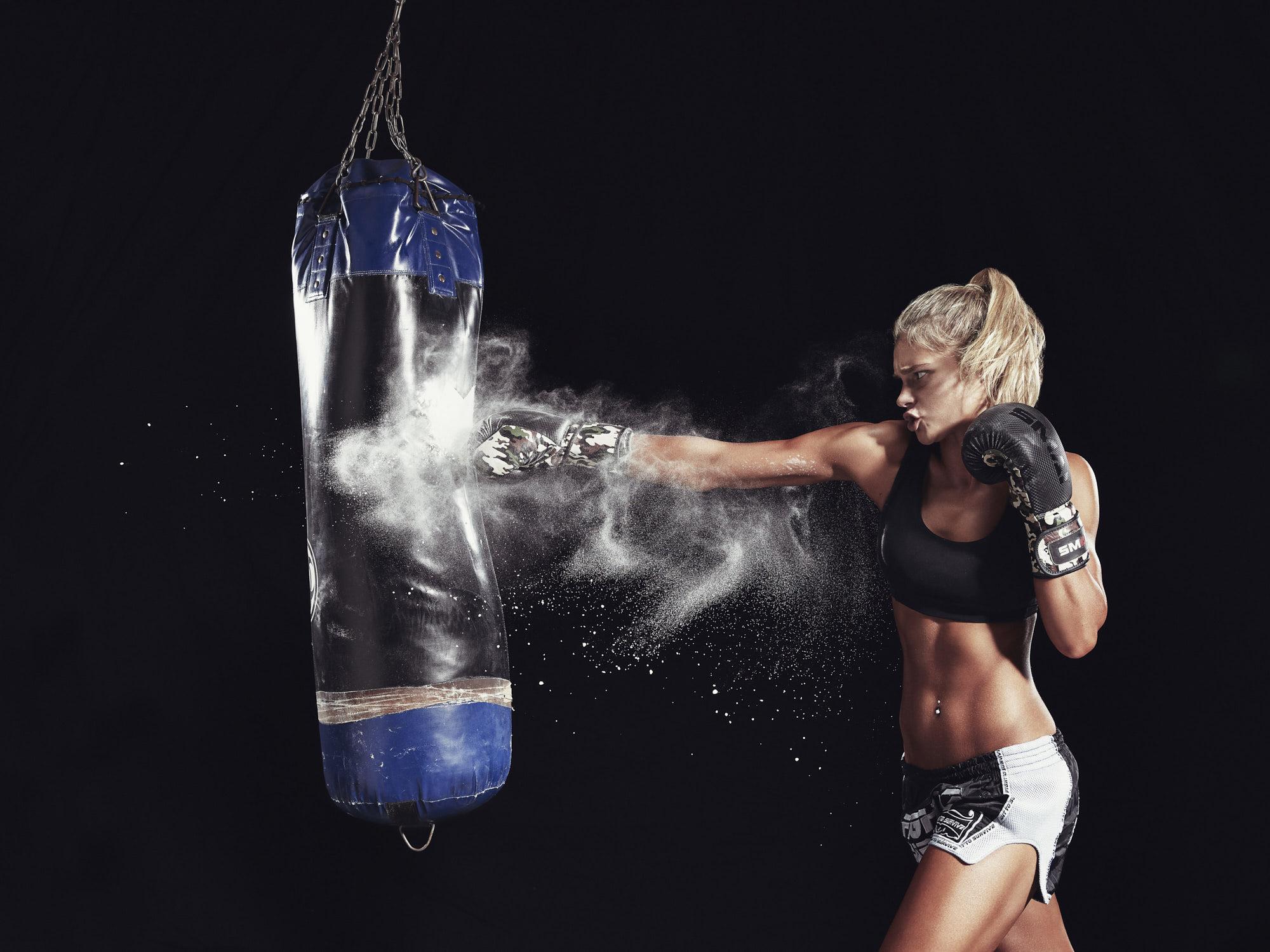 Chanique Greyling Boxing bag kick boxing.jpg