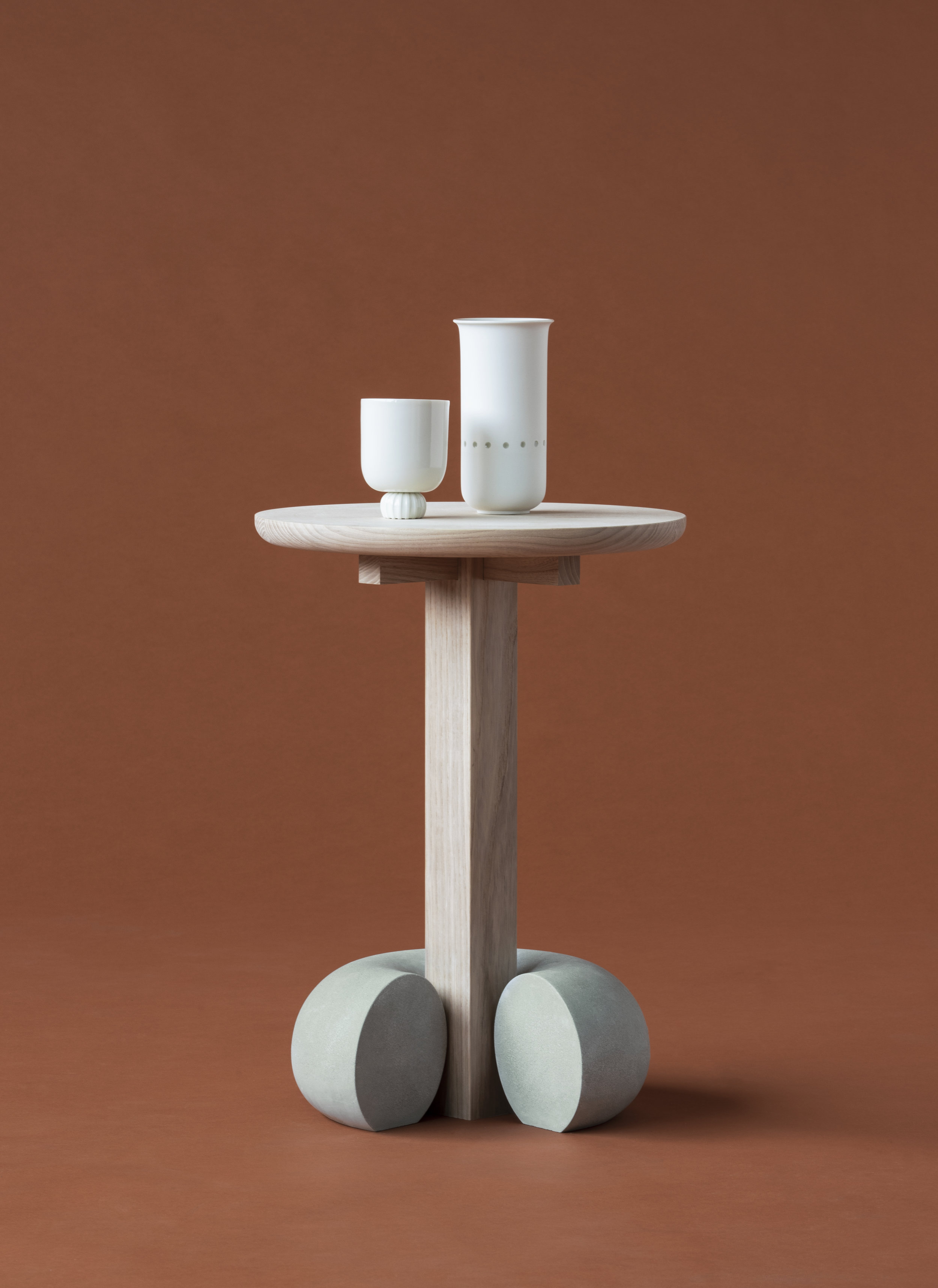 DesmondLim-PoiseCollection-Stooltable-front-red.jpg