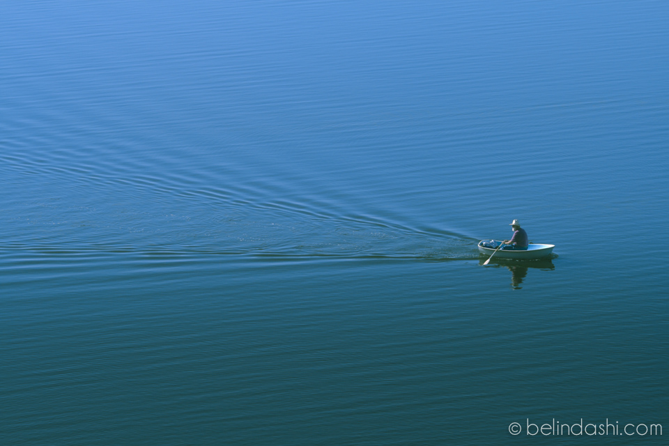 7 Peace and wisdom in simplicity - old man · boat