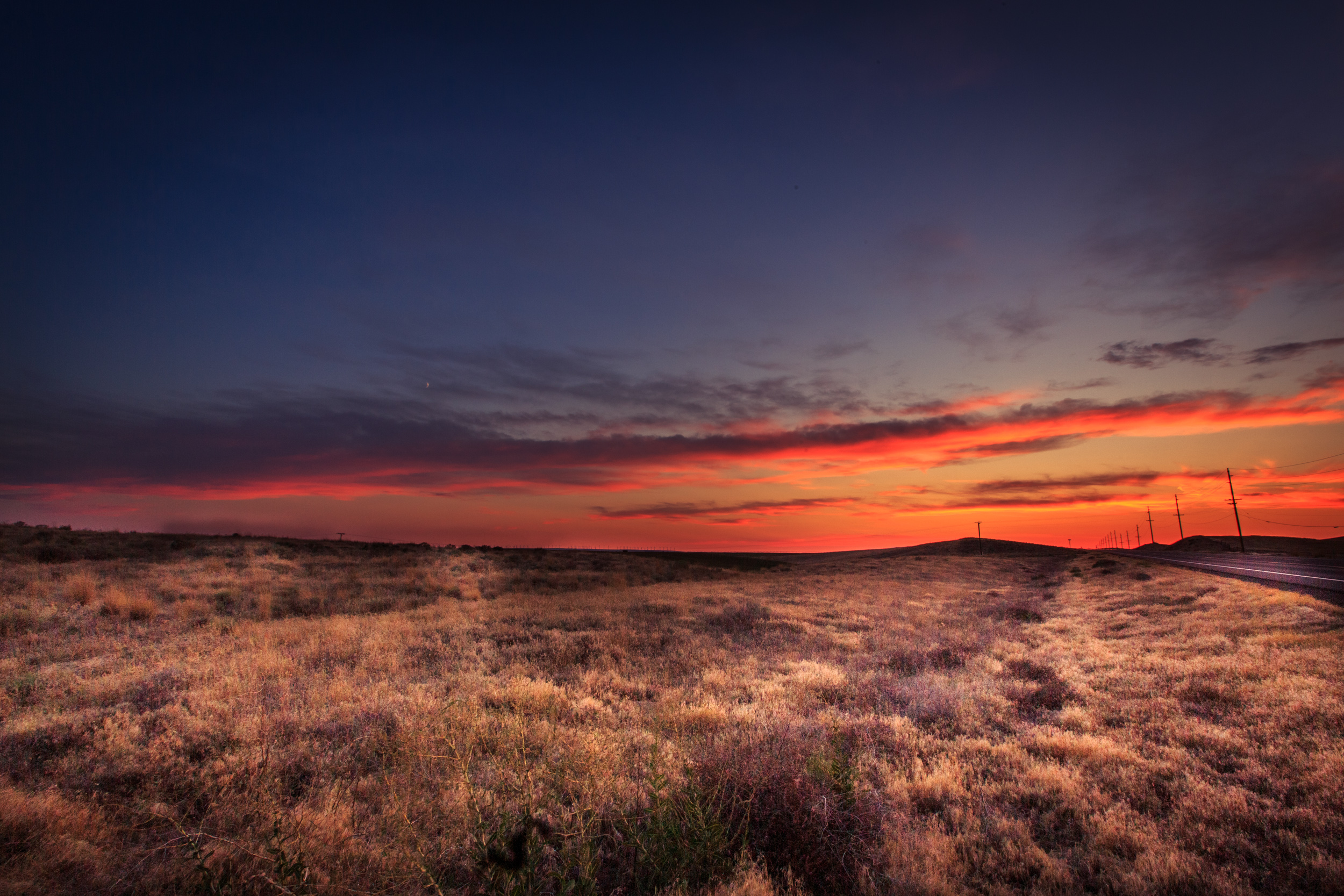 Day 4 - sunset at the border of Oregon & Washington.jpg