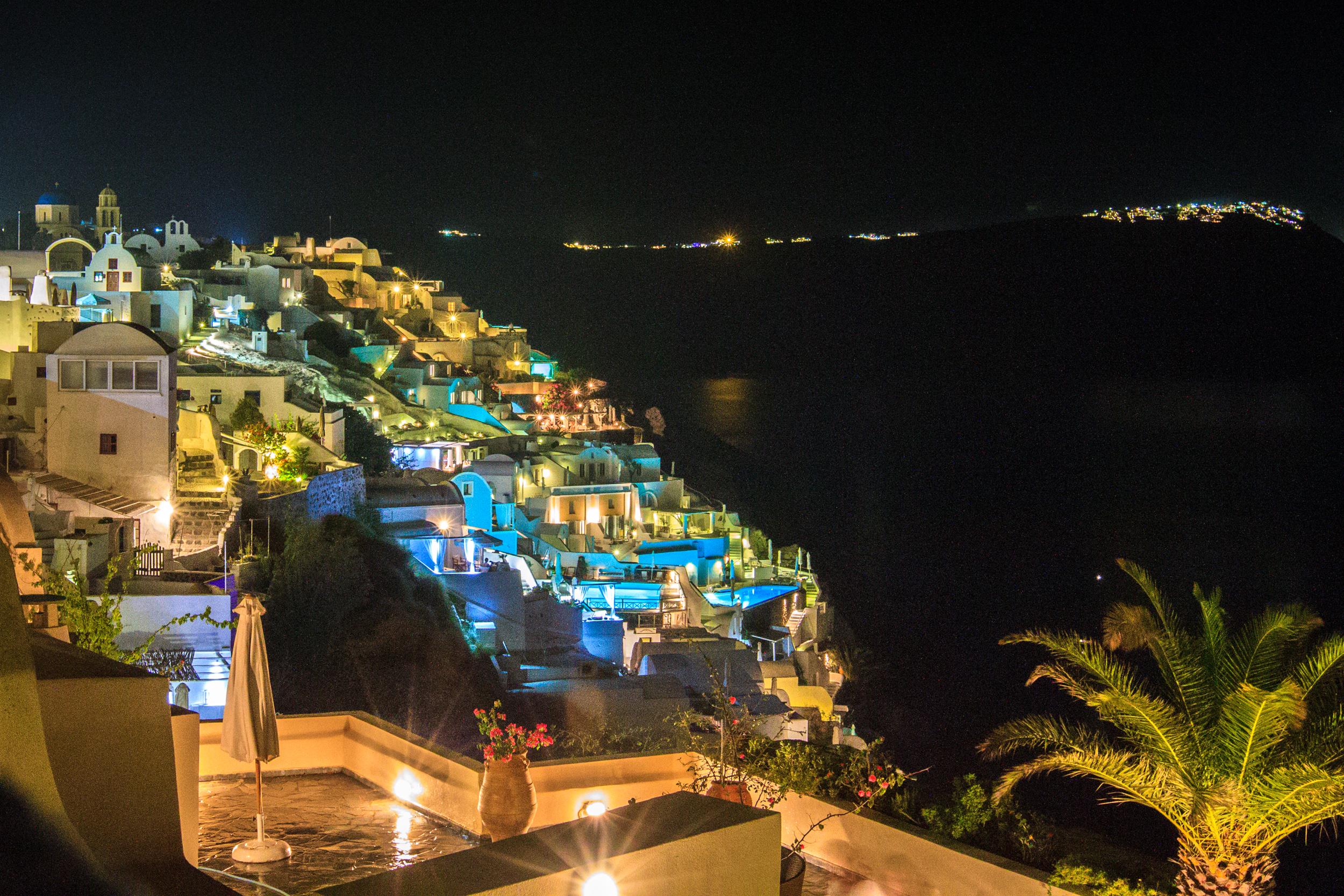 Santorini-006.jpg